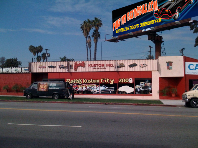 barris kustom shop pmb billboard